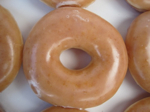 Krispy_Kreme_glazed_donut